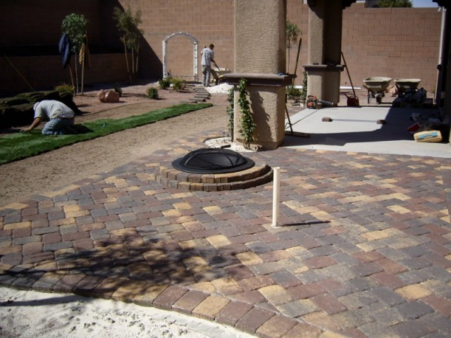 Finished-Fire-Pit-2-copy-640x480.jpg